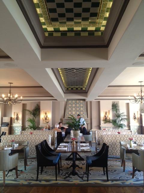 La Valencia Hotel dining room
